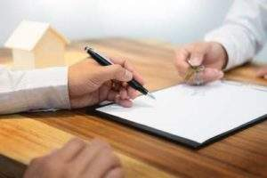 UniCredit Bank agrees to distribute Allianz-Tiriac insurance policies in Romania