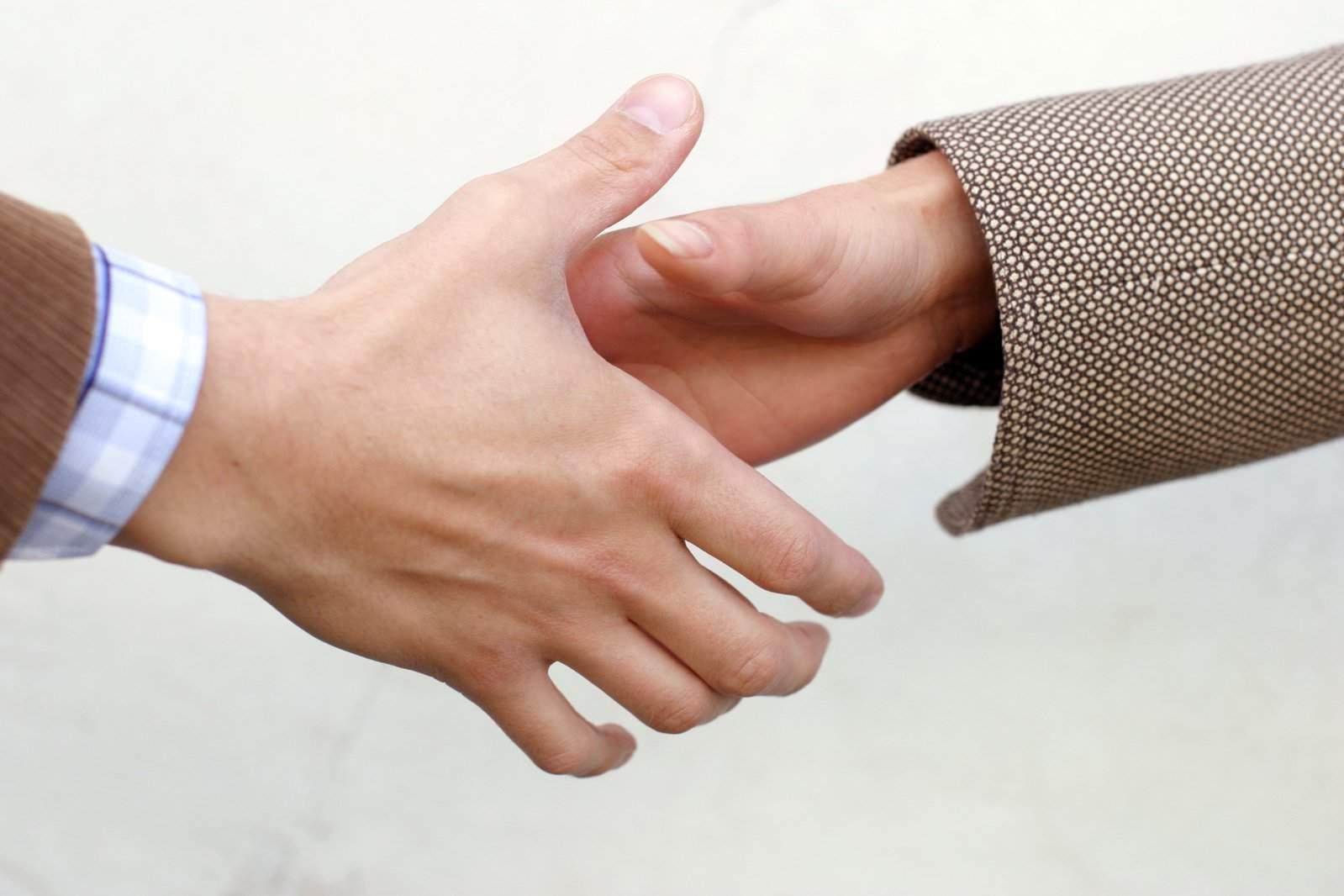handshake-detail-october
