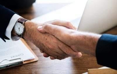 business-shake-hands-sep