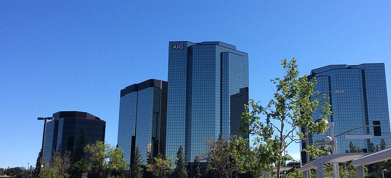 800px-Los_Angeles_Valley,_Warner_Center,_AIG_Towers