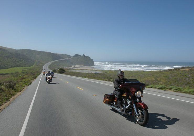 road-3287949_640