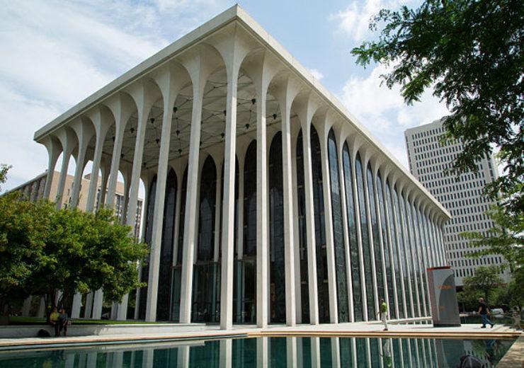 640px-Voya_Financial_Building,_Minneapolis,_August_2014