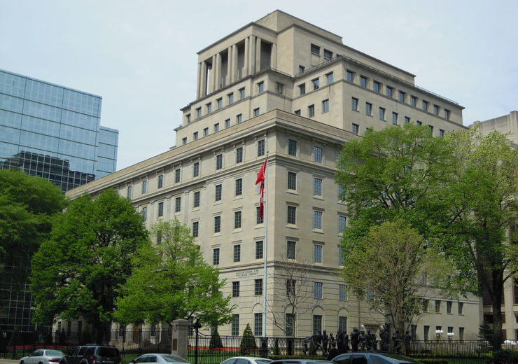 1024px-Manulife_South_Tower_(2)