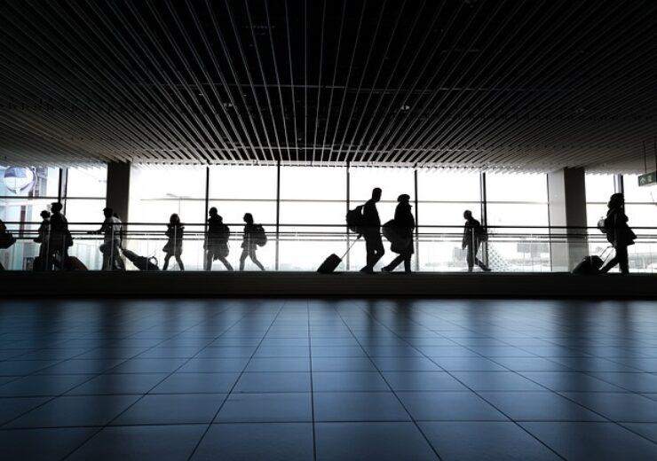 airport-4120835_640