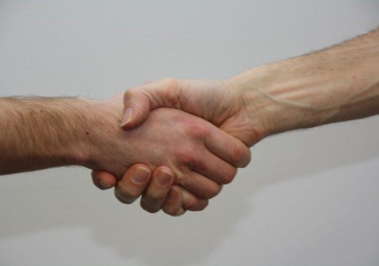 hands-1439397_640 (4)