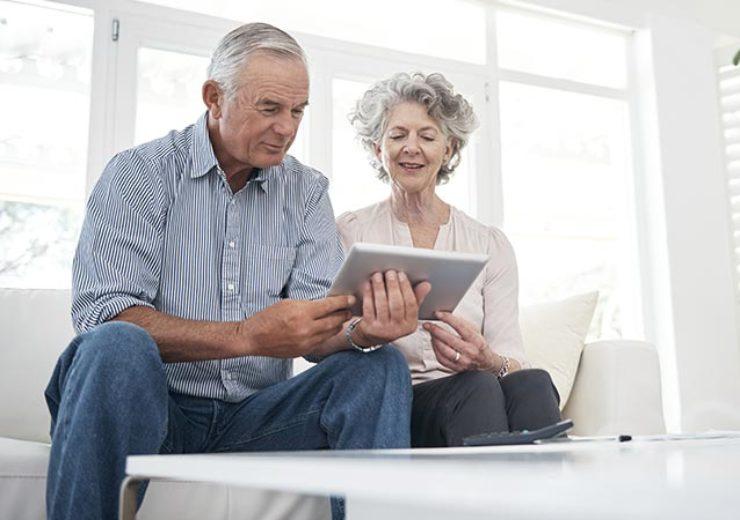 older-people-online-bibanews