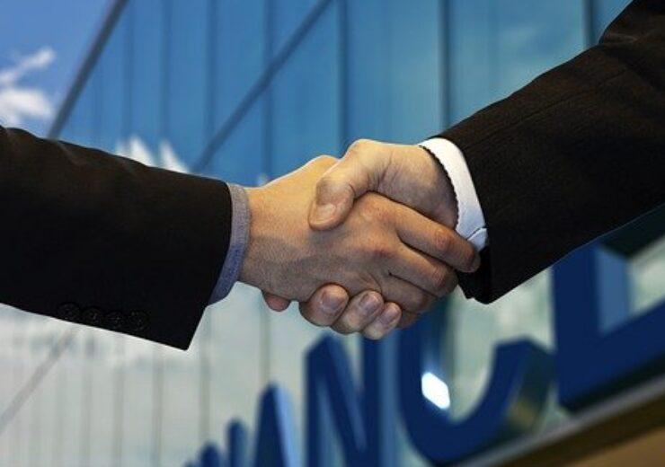 shaking-hands-5217122_640