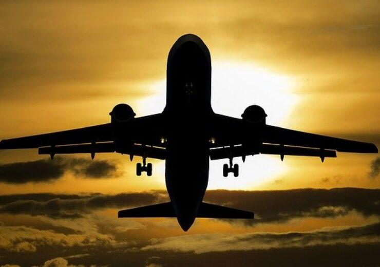 aircraft-1362586_640