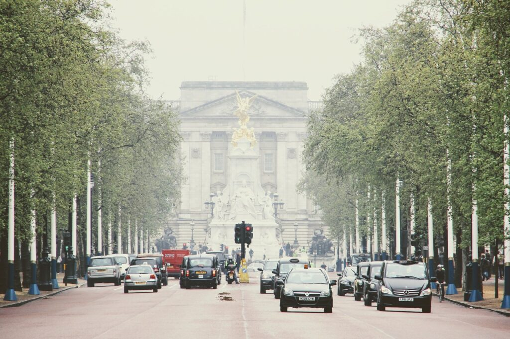 By Miles reveals Brits want to drive less, but receive little incentive to cut mileage