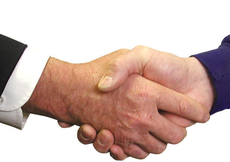 handshake-1239869-1918x825